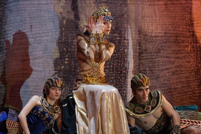 Гастроли в Париже. Премьера  балета «Клеопатра-Ида Рубинштейн»