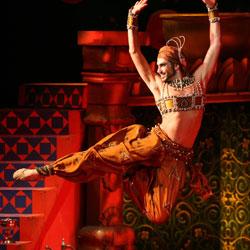 За 100 лет Дягилев не постарел //  Андрис Лиепа представил на сцене Кремлевского дворца балеты «Тамар» и «Шехерезада»